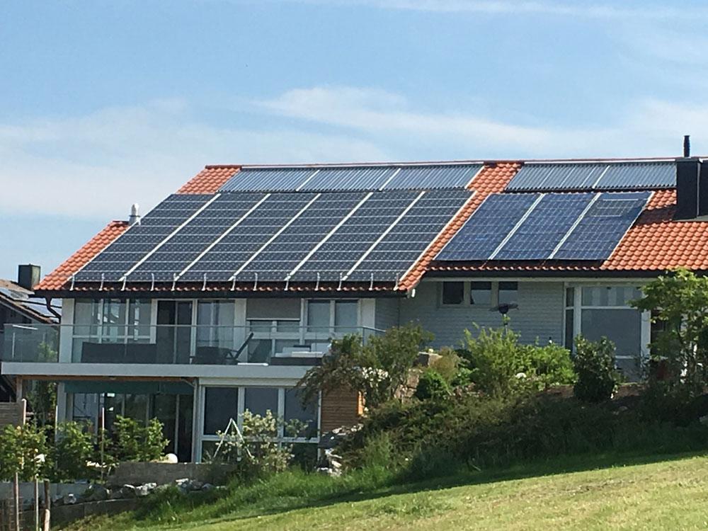 Solarwärme in Kombination mit Solarstrom